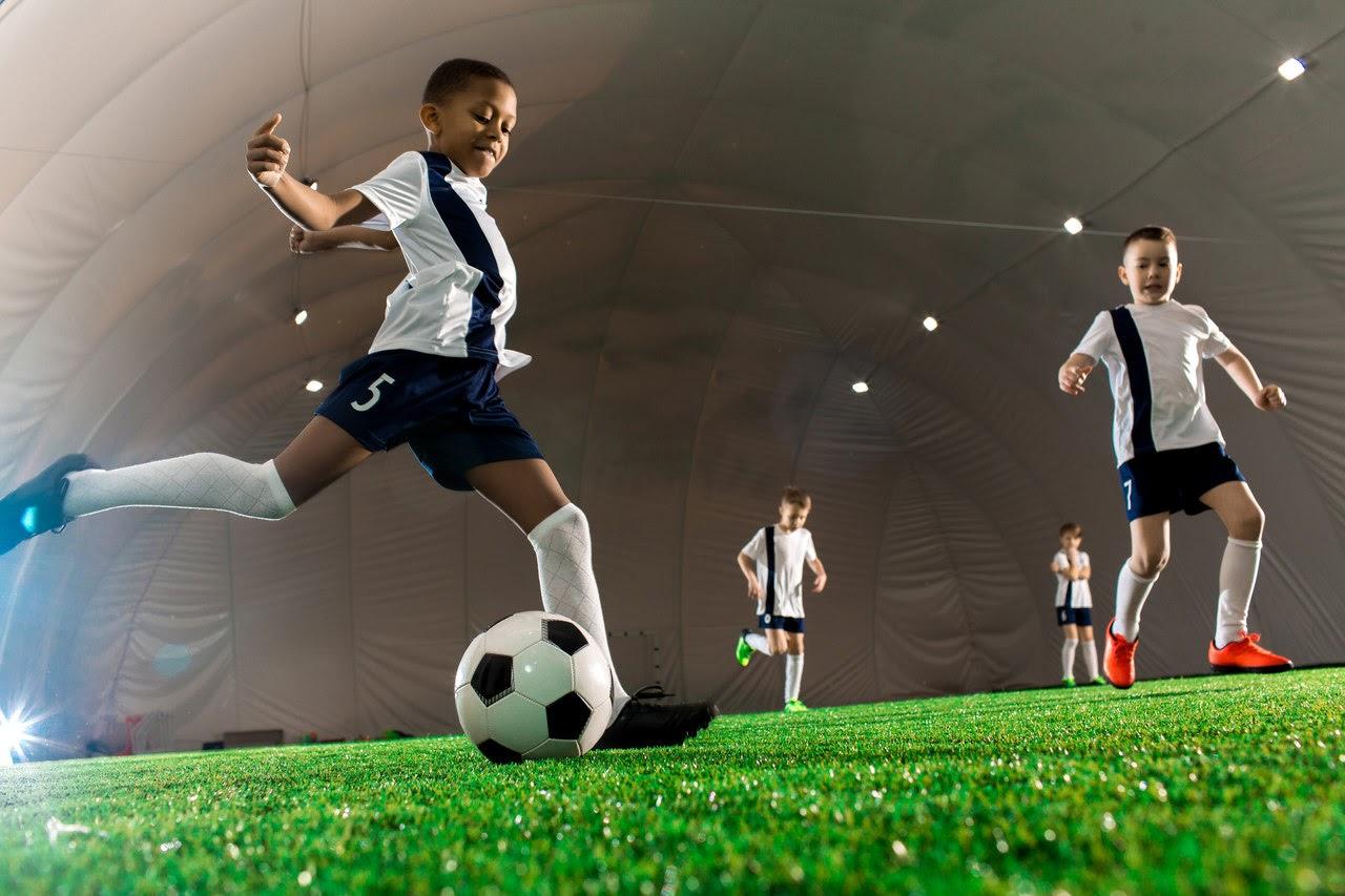 stroje piłkarskie dla dzieci
